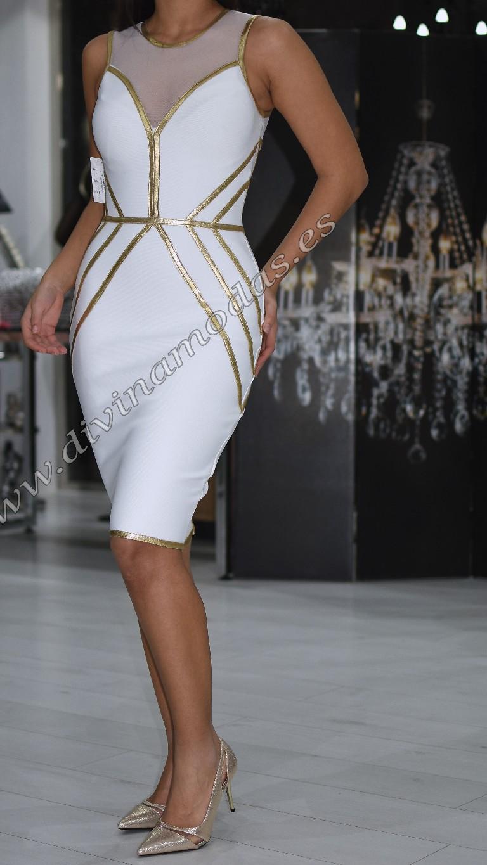 vestido blanco y dorado